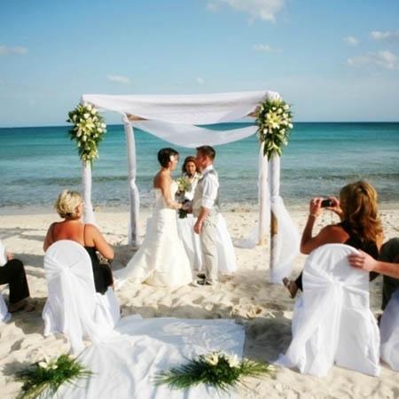 ceremonia bodas en la playa